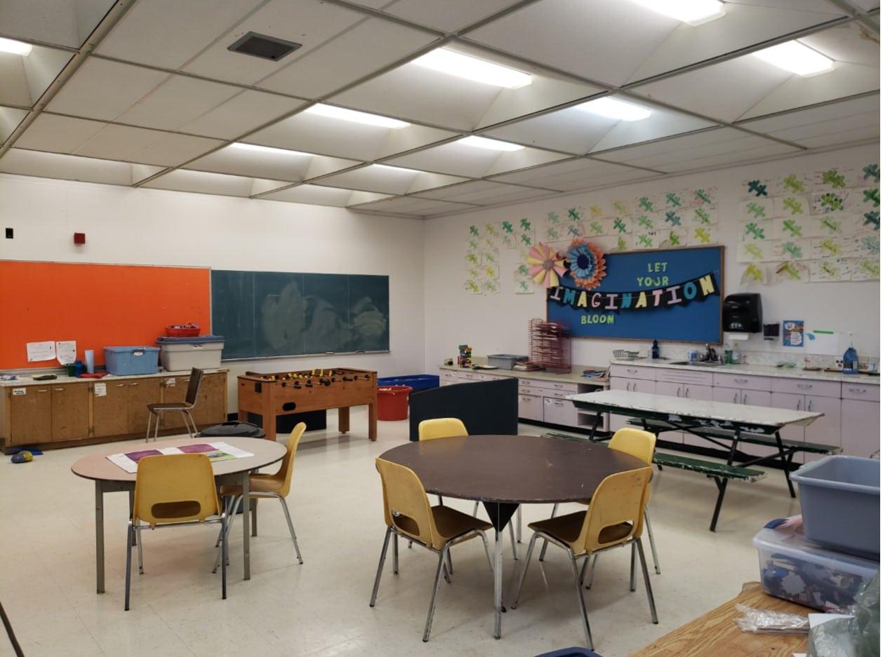 Kids Zone 3 & Craft Room
